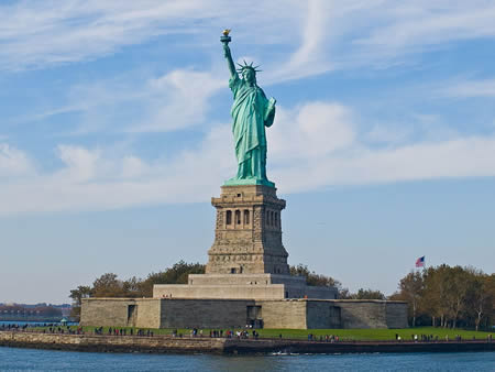 what is the statue of liberty used for